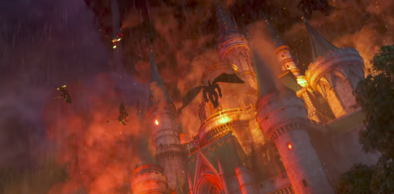 魔物に襲撃される城の画像
