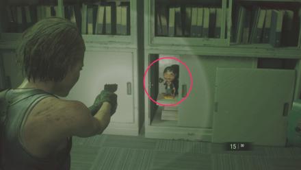 チャーリー人形