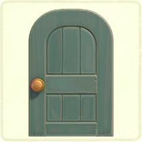 グレーの木組みのドア