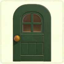 緑の窓付きのドア