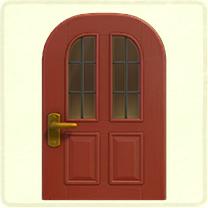赤い縦長窓のドア