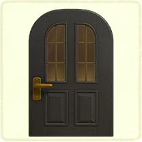 黒い縦長窓のドア