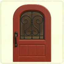 赤いアイアングリルのドア