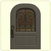 グレーのアイアングリルのドア