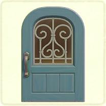 水色のアイアングリルのドア