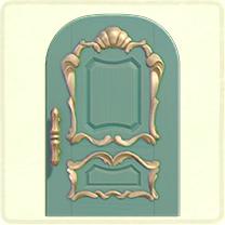 青いリッチなドア