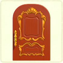 赤いリッチなドア